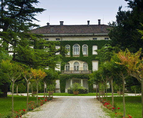 angoris villa locatelli